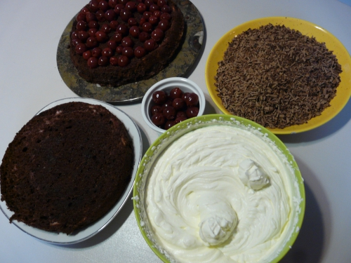 cerise,gâteau,crème chantilly
